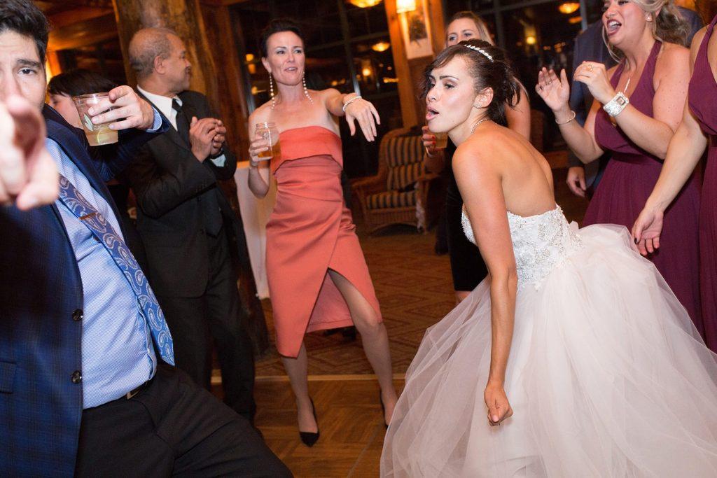 bride is dancing